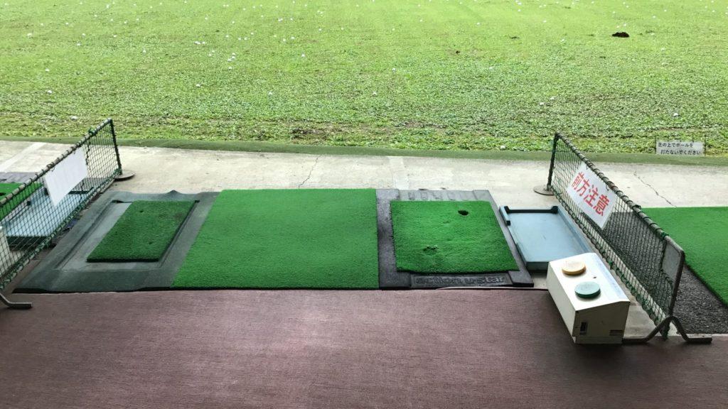 関越ゴルフセンターの打席