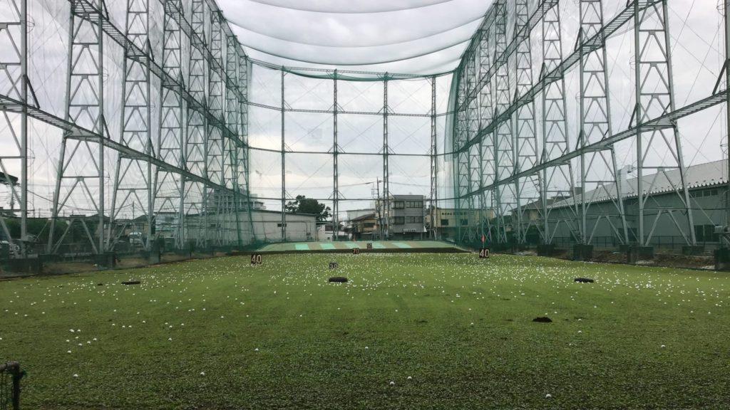 関越ゴルフセンターの打球面