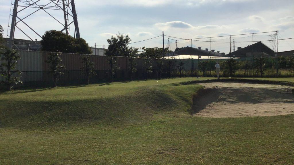 埼玉県ふじみ野市のゴルフ練習場 旭ゴルフガーデン アプローチ練習場